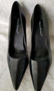 Pierre Dumas black heels/pumps